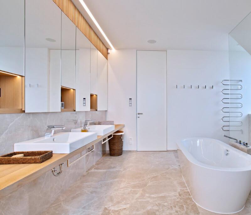 Travertin Rosso Persiano – Koupelna RD